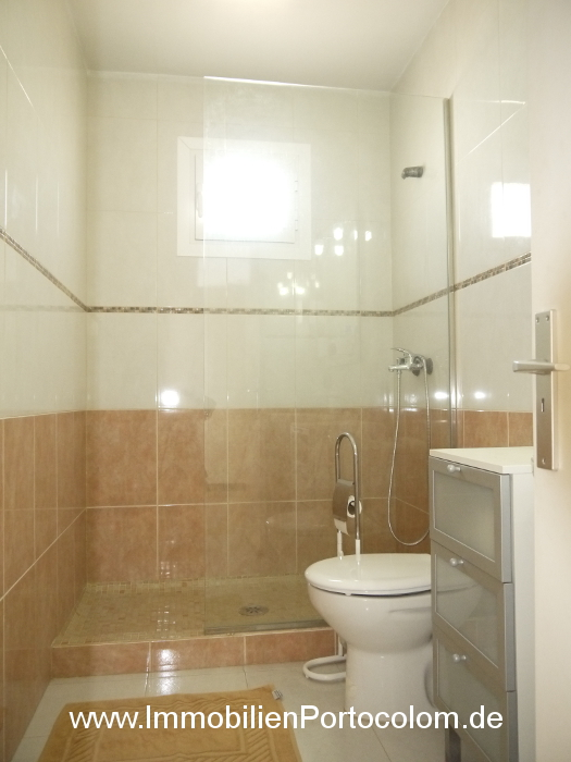 Apartment Portocolom first habor line bathroom 10616