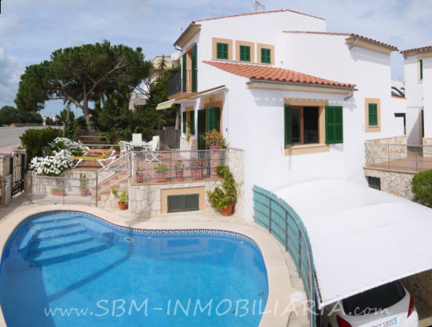 Immobilien Chalet in Porto Colom - Haus mit Pool in zentraler Lage
