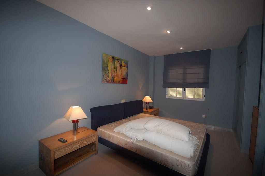 immobilien wohnung auf sa punta. Black Bedroom Furniture Sets. Home Design Ideas