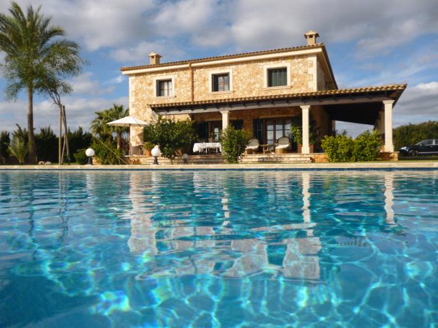 Immobilien - Finca in der Cala Sa Nau, Mallorca